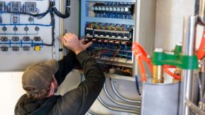 electricien 75002