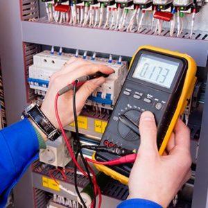 electricien 91080