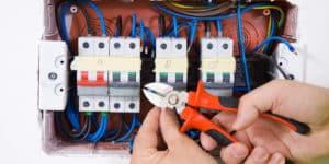 électricien 91700