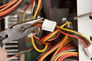 électricien 92120
