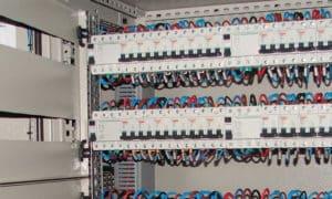 electricien 92130
